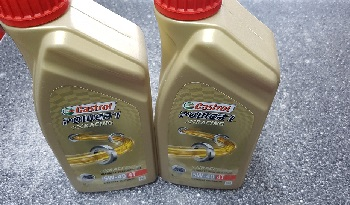 Castrol POWER1 Racing 4T 5W40 (1 L)
